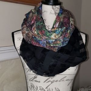 BUNDLE OF 2 GORGEOUS INFINITY SCARVES